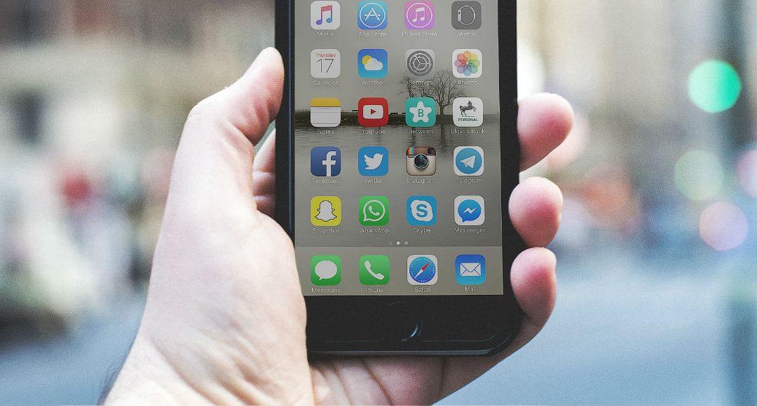 Impressum: Social Media kein Ersatz für Telefonnummer